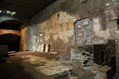 Visita con noi i sotterranei di Trastevere